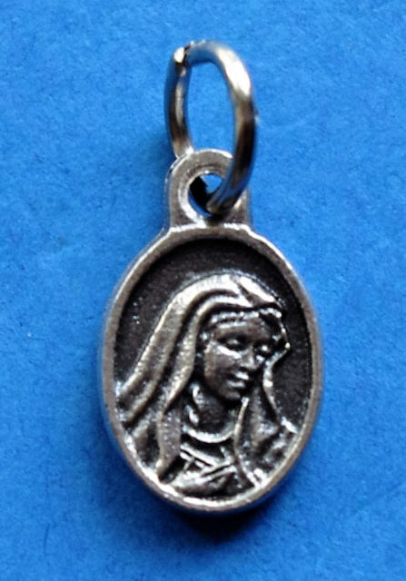 Super Mini Mater Dolorosa (Sorrowful Mother) Charm